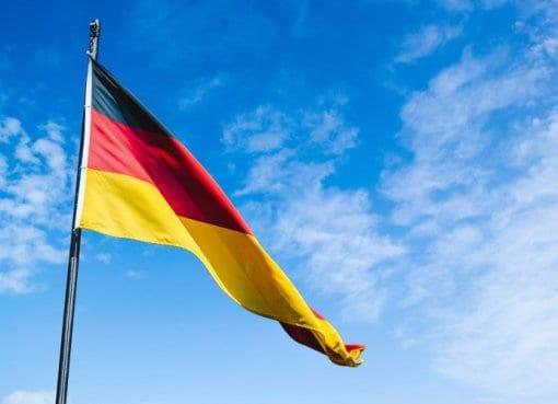 Deutsche sind offen für autonomes Fahren