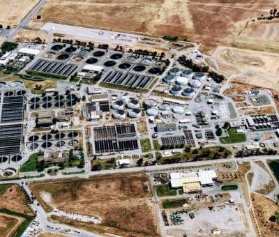 Gerüchte um Zusammenarbeit von VW und Amazon